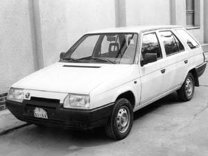 Машина Skoda Формен